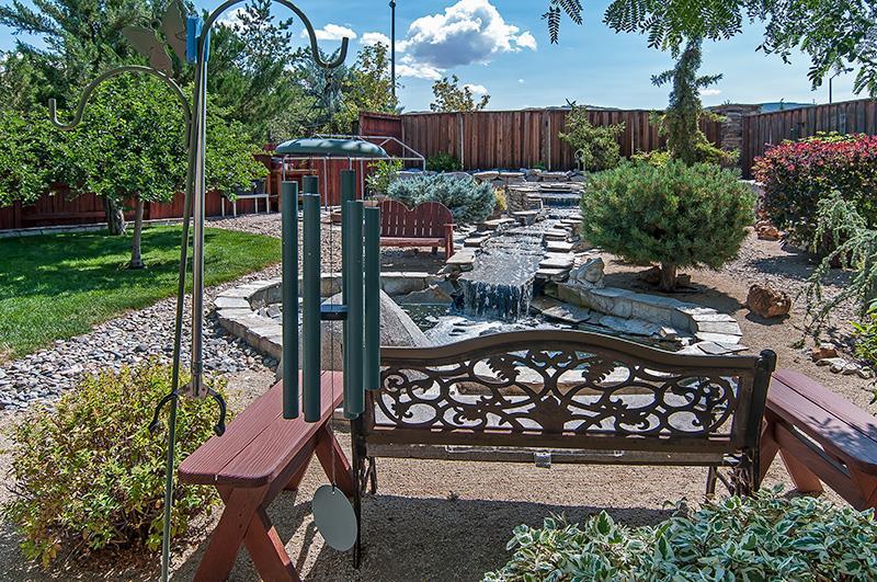 Bridgeview Backyard